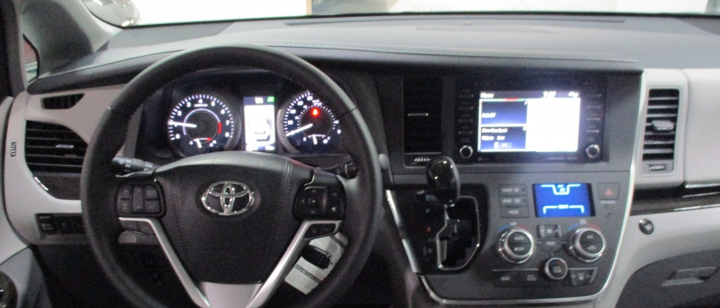 Interior driver seat view of 2020 TOYOTA SIENNA XLE