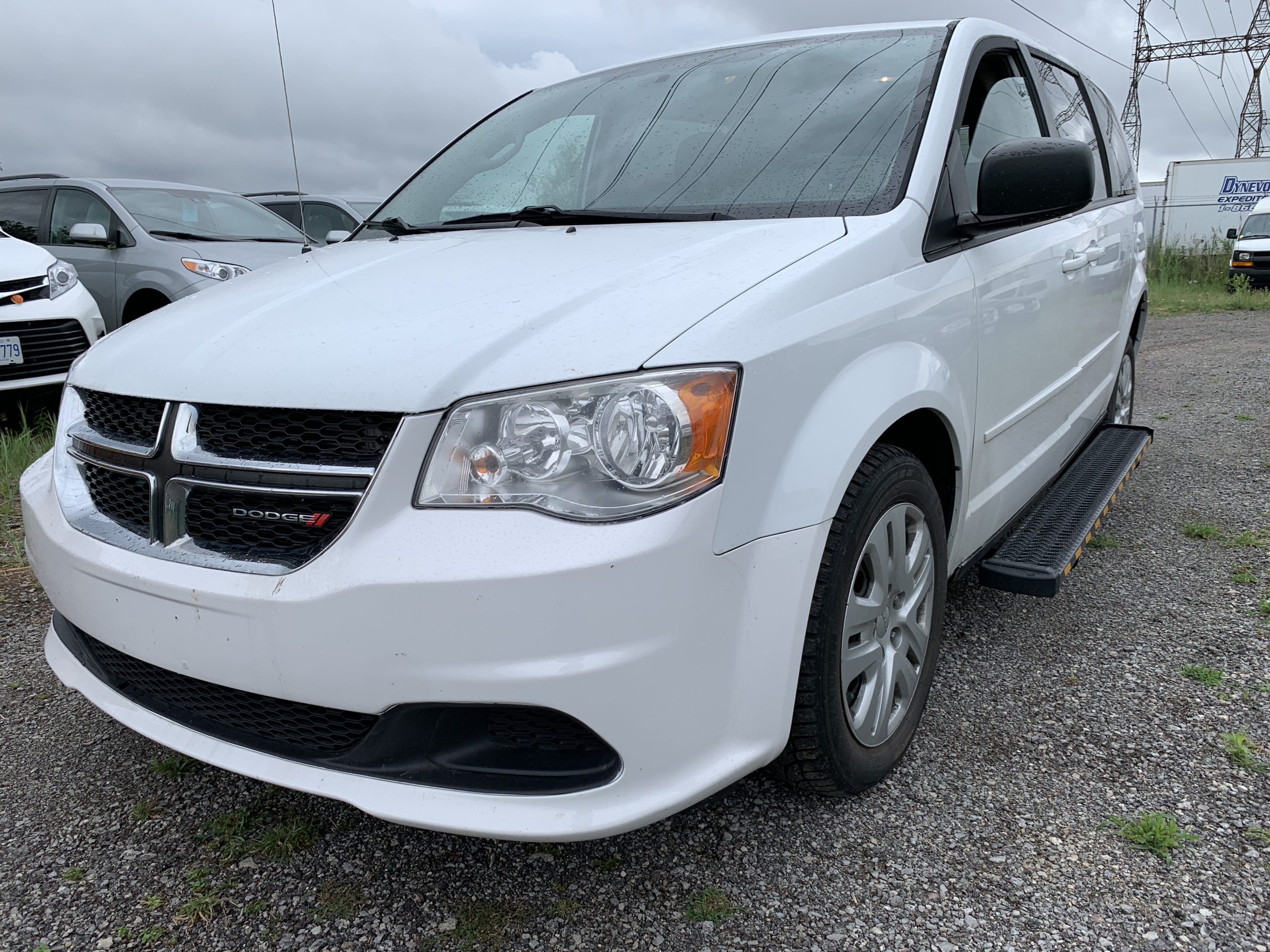 Exterior front view angle from driver side of 2015 Dodge Grand Caravan SXT
