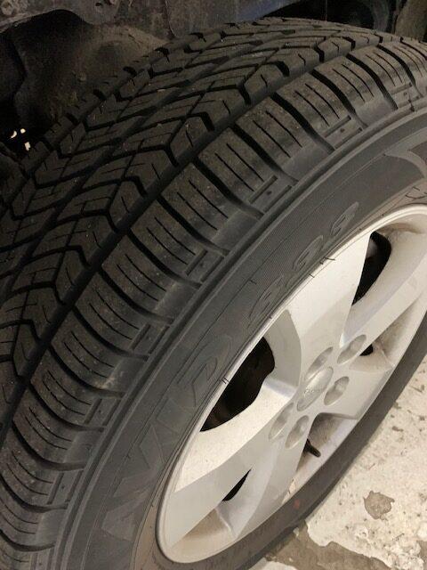 Tire view of 2019 Dodge Grand Caravan SE+