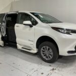 2021 Toyota Sienna - Braun power ramp